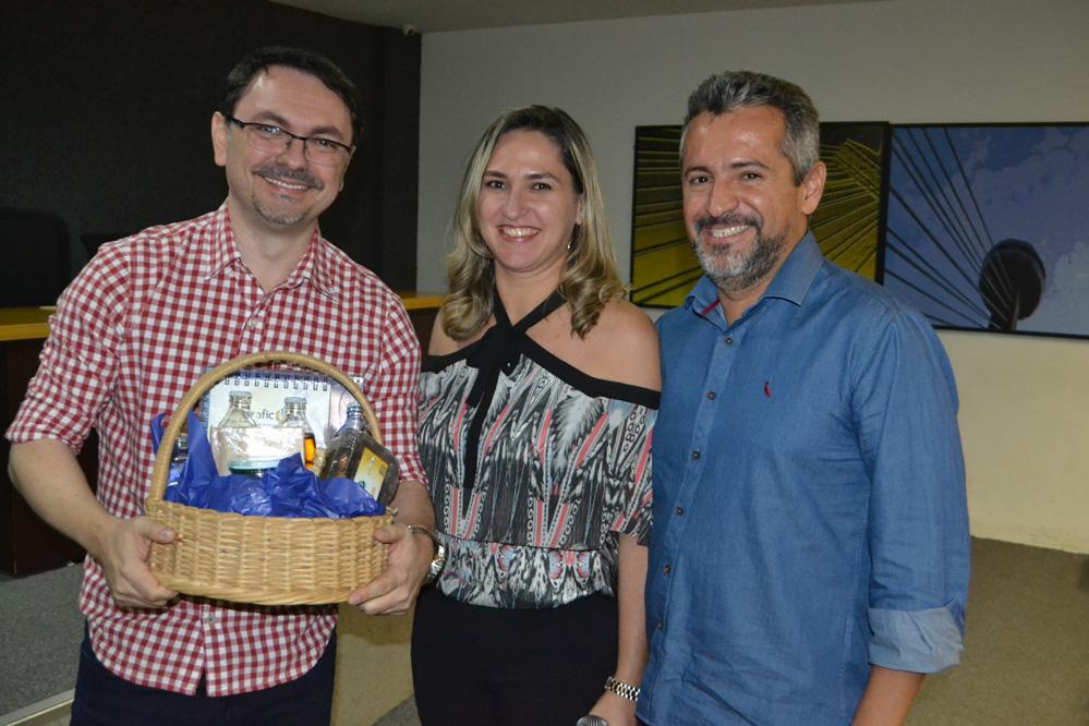 Rossandro Klinjey palestra para colaboradores da Shoppingráfica em Teresina