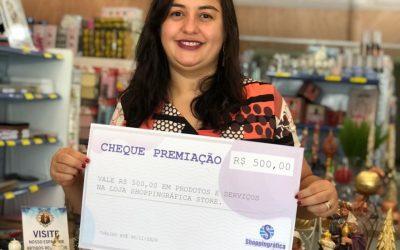 Shoppingráfica Store premia ganhadora com R$500,00 em compras